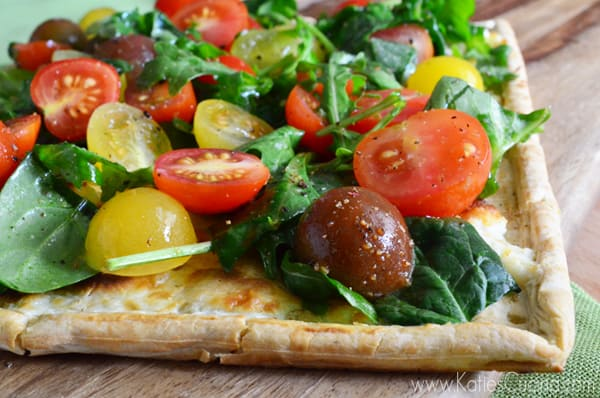 Spinach, Arugula, and Cherry Tomato Flatbread