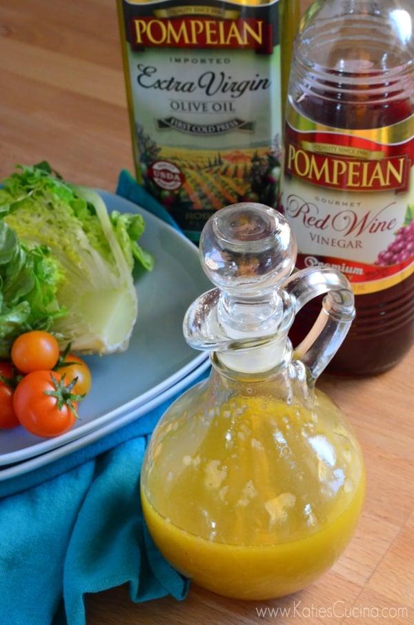 Vidalia Onion Red Wine Vinaigrette #DressingItUp