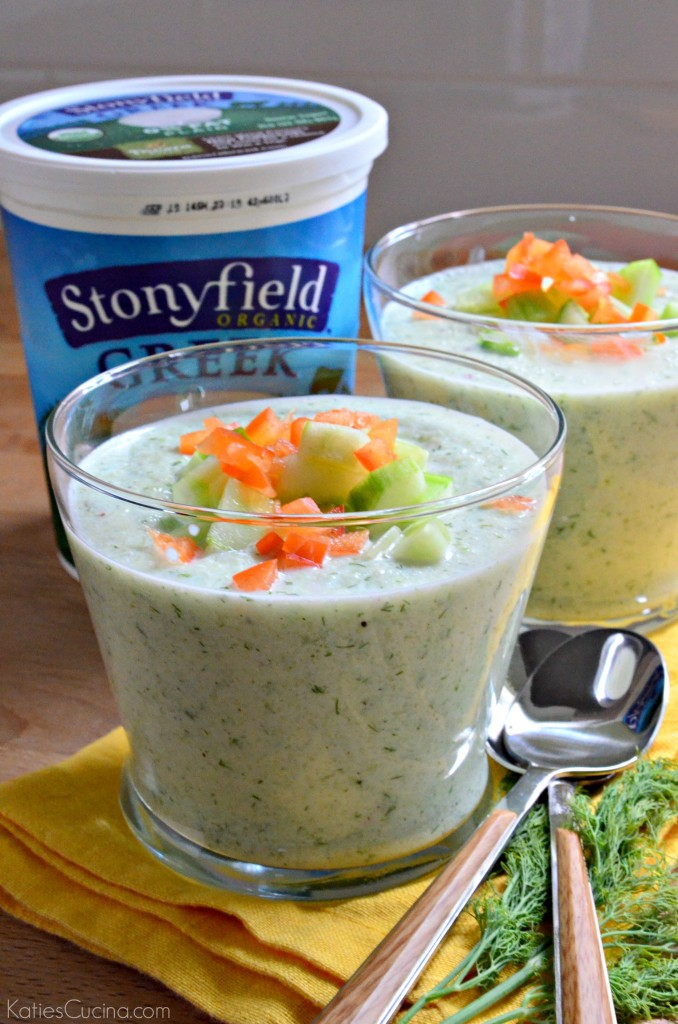 Chilled Cucumber and Dill Greek Yogurt Soup using @stonyfield yogurt #StonyfieldBlogger