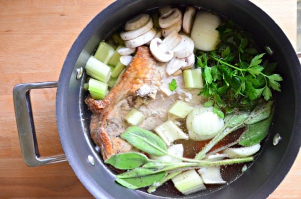 How to Make Turkey Stock