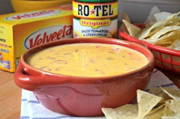 2 Ingredient Queso Dip 4