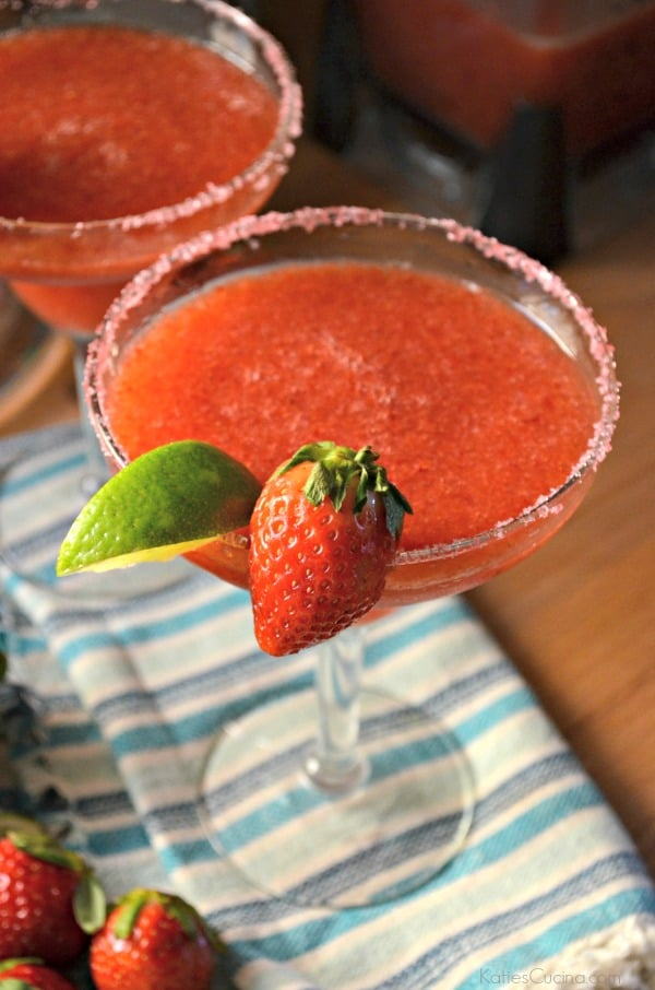 Frozen Strawberry Margaritas 4