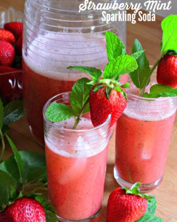 Strawberry Mint Sparkling Soda