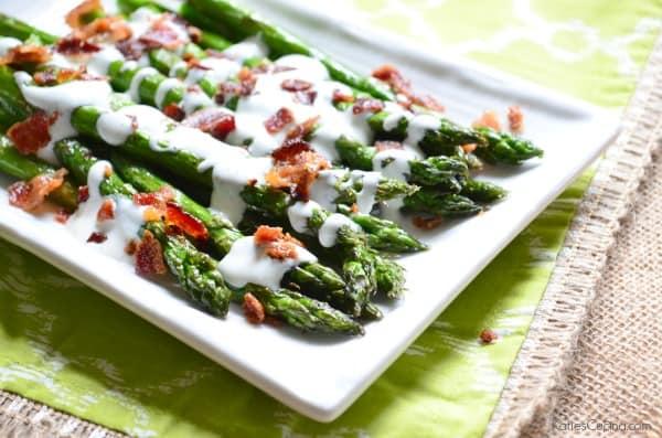 Grilled Asparagus with Bacon Ranch Greek Yogurt Dressing 1