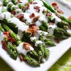 Grilled Asparagus with Bacon Ranch Greek Yogurt Dressing