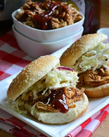 Slow Cooker BBQ Pulled Chicken Sandwiches