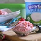 Ultimate Strawberry Frozen Yogurt