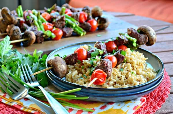 Beef, Asparagus, Cherry Tomato, and Mushroom Kabobs #LaurasLeanBeef #SmarterBeef #Sponsored