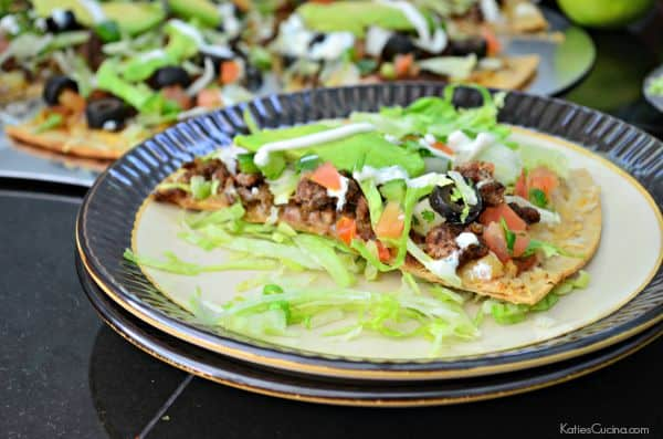 Grilled Taco Pizza #LaurasLeanBeef #SmarterBeef #Sponsored