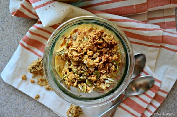 Pumpkin Pie Yogurt Parfaits Recipe using @Stonyfield Yogurt! #StonyfieldBlogger