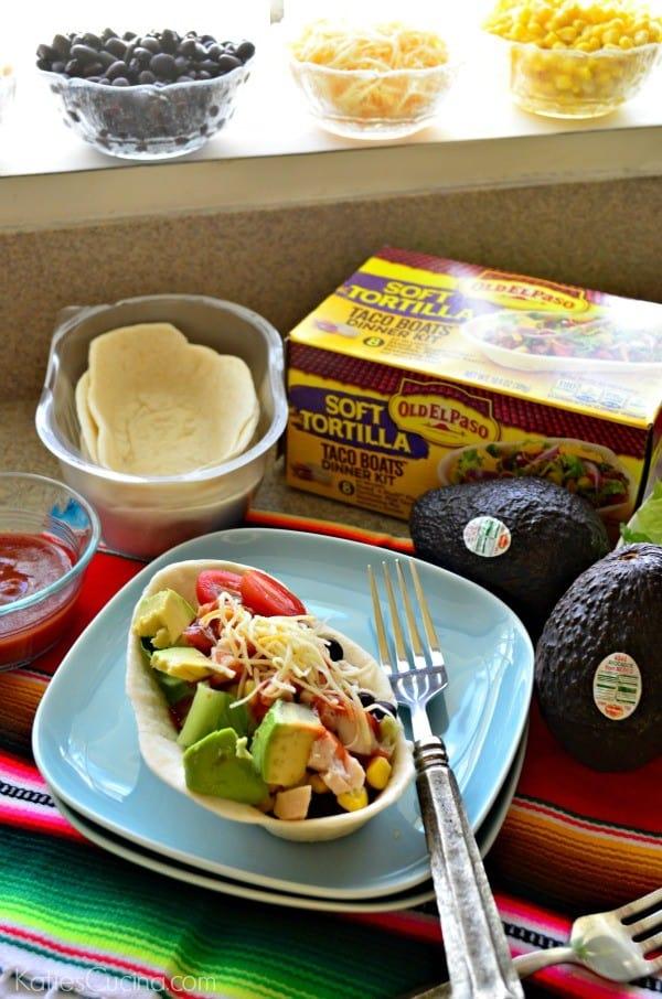 Chicken Soft Taco Bowl Salad Bar #GameDayFavorites #OEPGameDay #ad