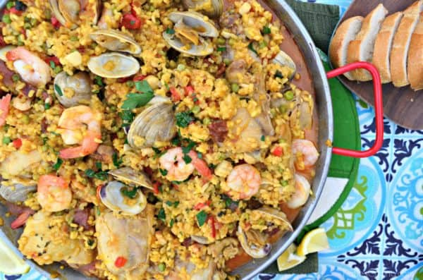 Seafood Paella Party with Bread