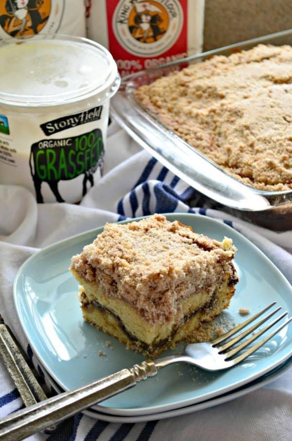 Cinnamon Streusel Yogurt Coffeecake
