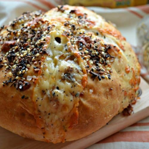 Everything Bagel Cheesy No-Knead Crusty White Bread