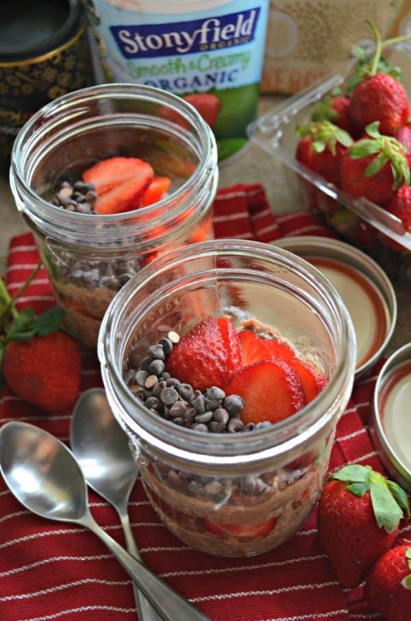 Chocolate Strawberry Overnight Oats 2
