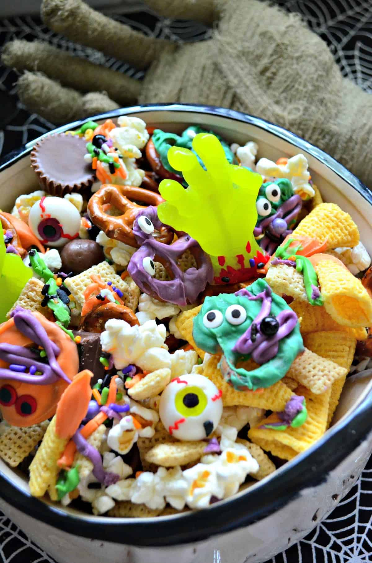 Halloween Snack Mix Easy Recipe - Katie\'s Cucina
