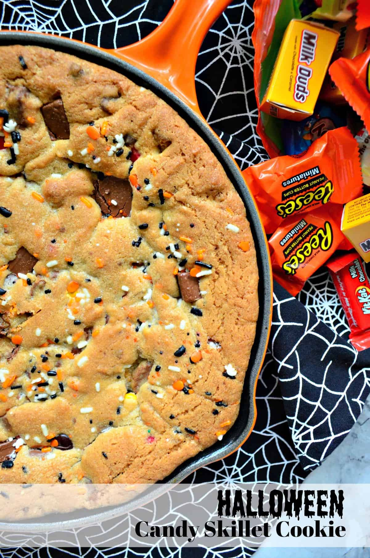 halloween candy skillet cookie #halloweentreatsweek - katie's cucina