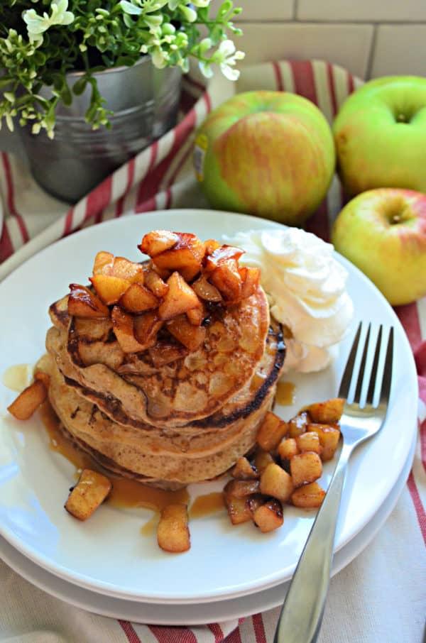 Apple Cinnamon Buttermilk Pancakes