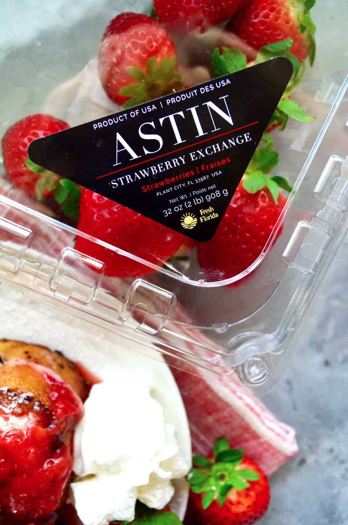 top view of package of Florida Fresh Astin Strawberries.