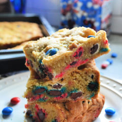 Patriotic M&M Cookie Bars Recipe