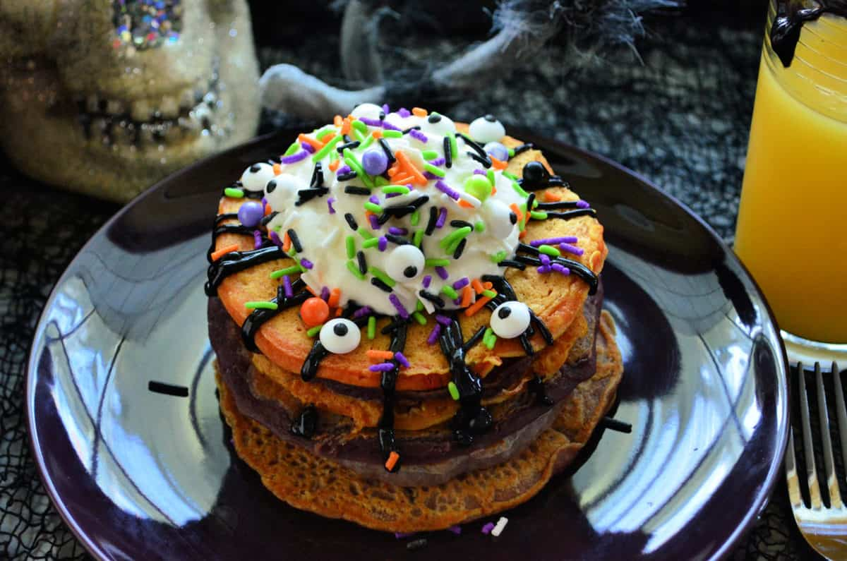 Halloween Monster Buttermilk Pancakes Breakfast Recipe #HalloweenTreatsWeek