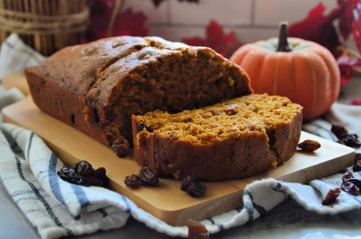 Pumpkin Bread with Raisins Recipe