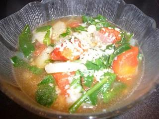 Potato, Spinach, and Tomato Soup