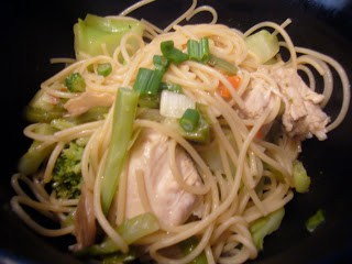 Sesame Noodles with Chicken and Veggies