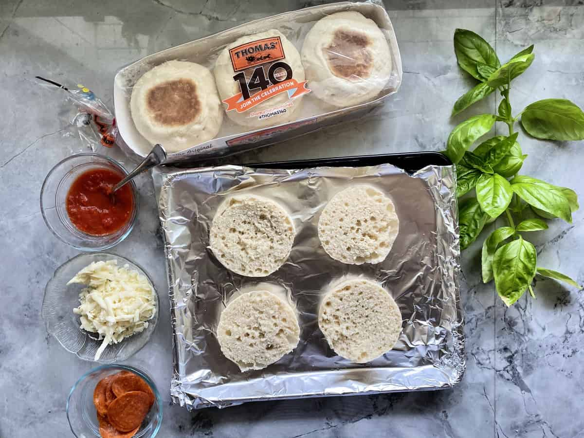 Sliced Thomas English Muffins for Toaster Oven English Muffin Pizzas