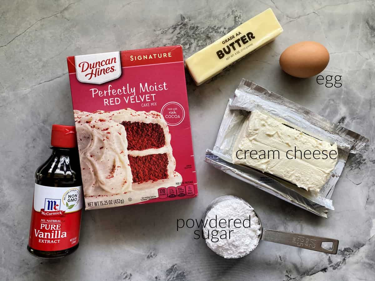 Ingredients: vanilla extract, butter, red velvet cake mix, powdered sugar, cream cheese, and egg.